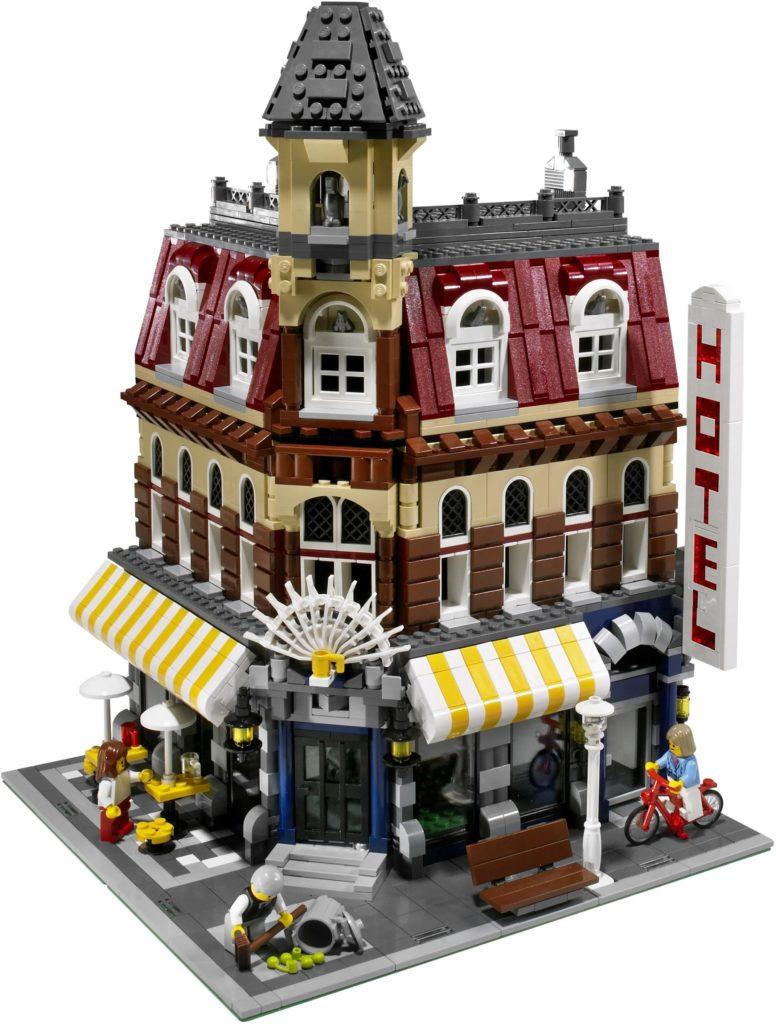 10182 Cafe Corner