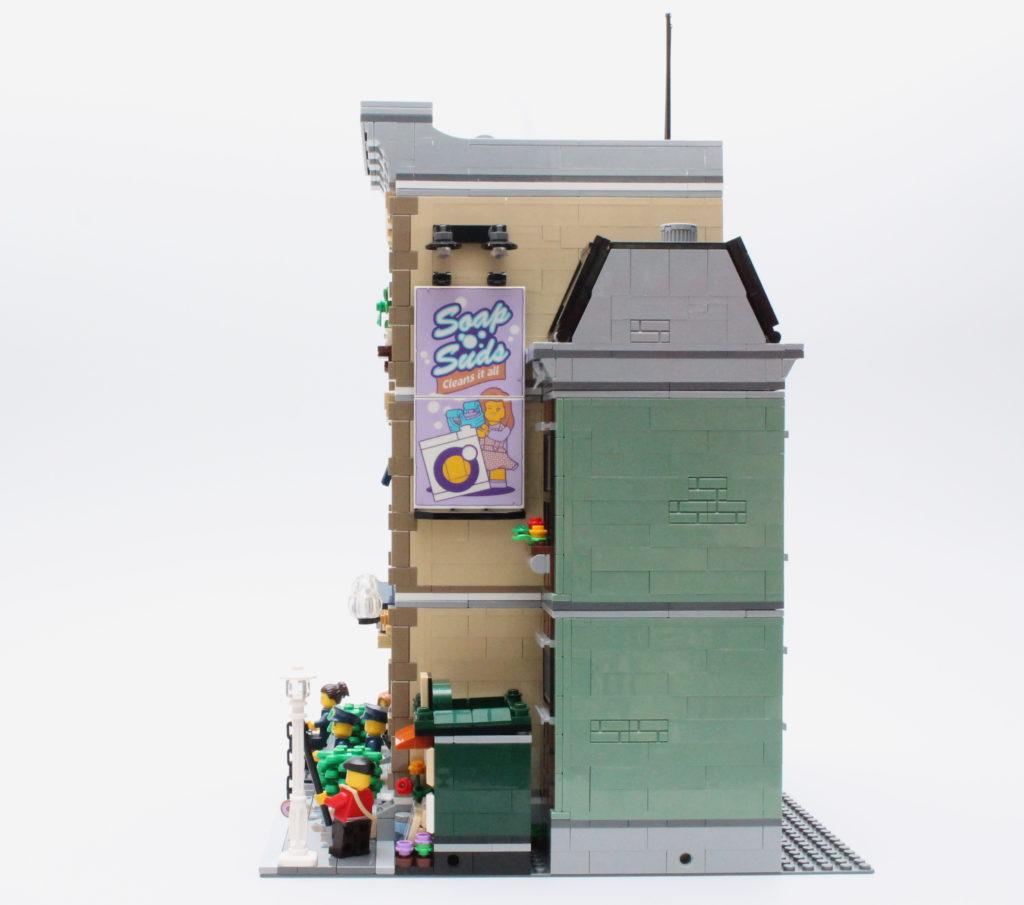 10278 Police Station 15