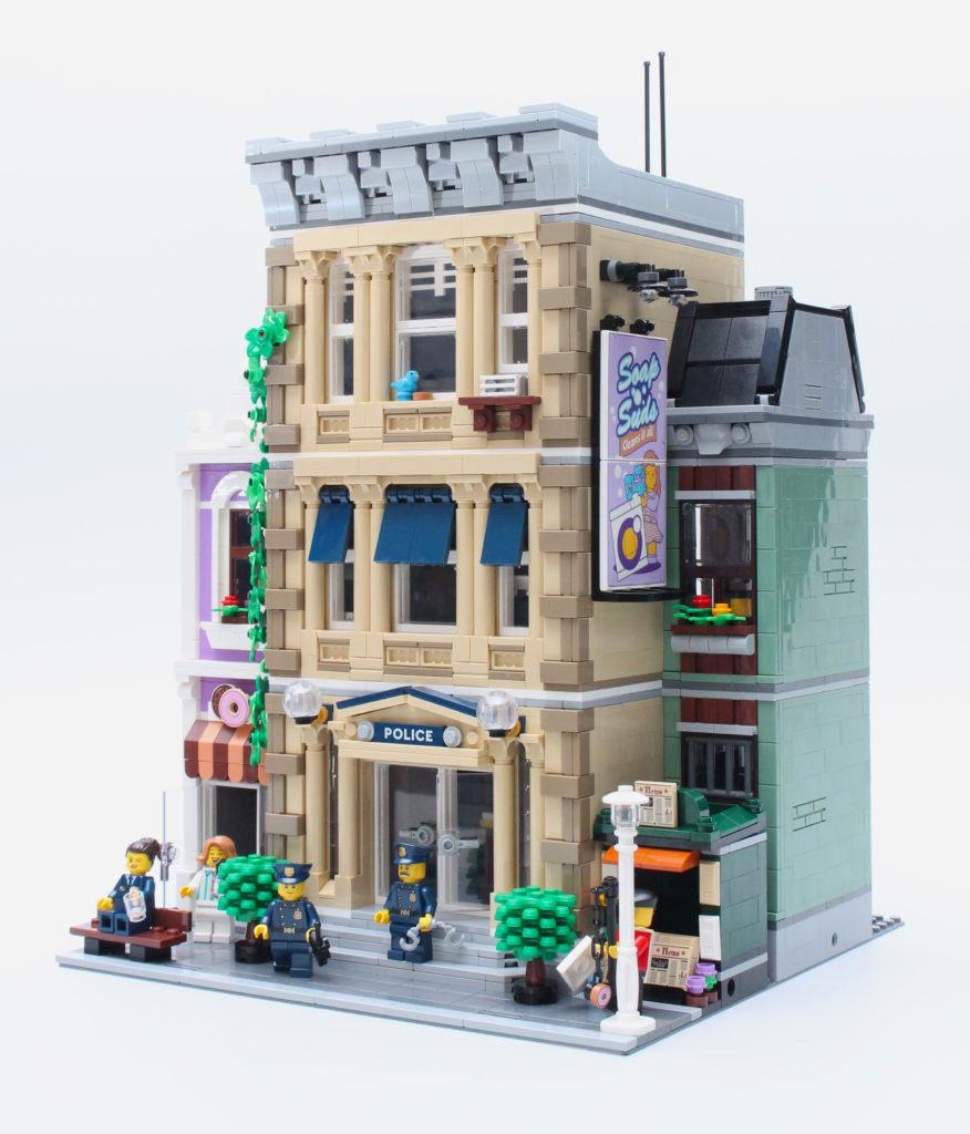 10278 Police Station 2