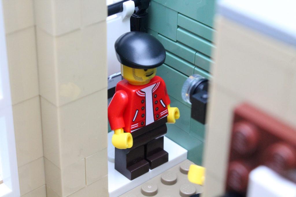 10278 Police Station 22
