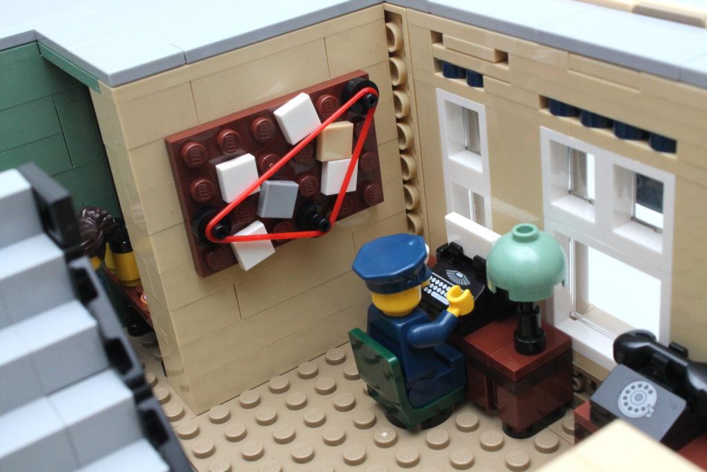 10278 Police Station 24