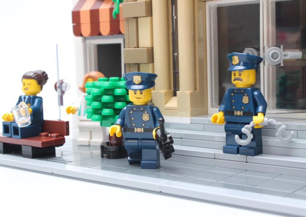 10278 Police Station 3
