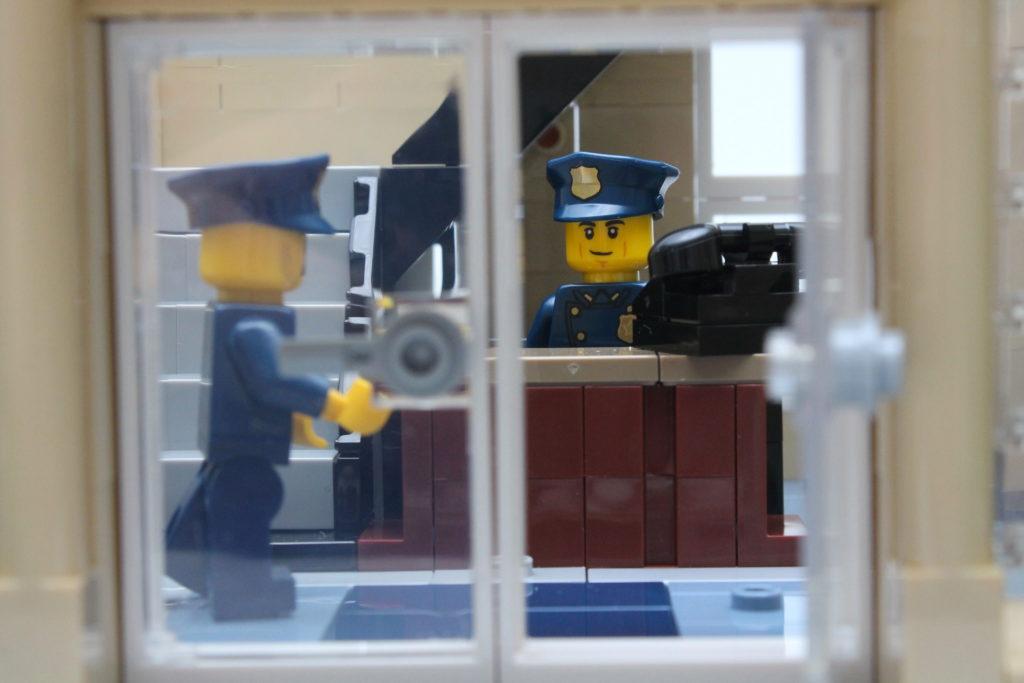 10278 Police Station 37