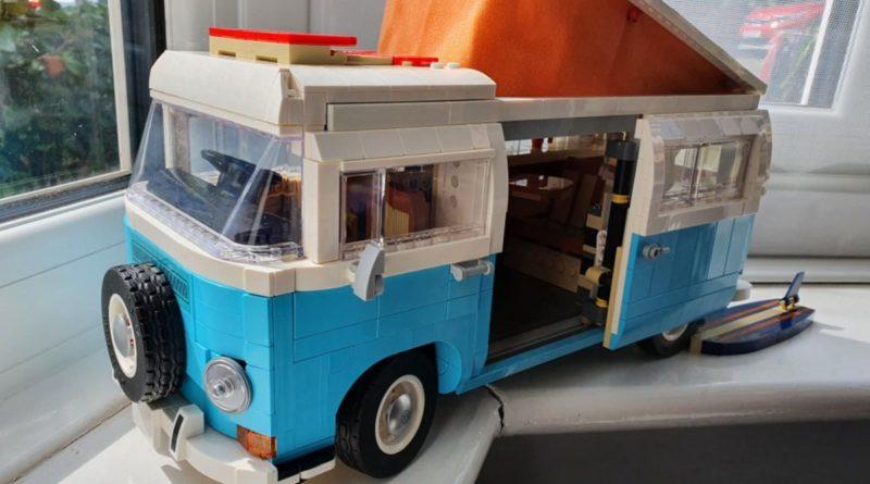 10279 Volkswagen T2 Camper Van Left Hand Drive