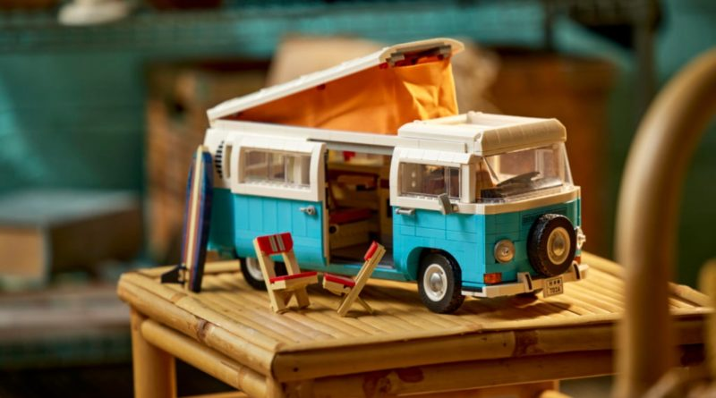 10279 Volkswagen T2 Camper Van Sliding Door