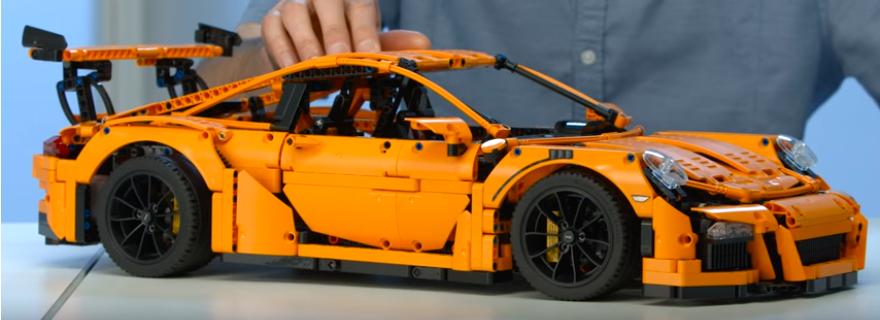 LEGO Technic Porsche 911 GT3 RS Designer Video | Brick Fanatics