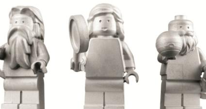 Minifigures in space (Custom)