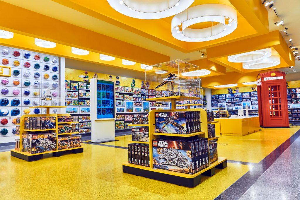 First Floor Interior 1 LEGO Store London EMBARGO 17.11.16 Copyright LEGO 1024x683