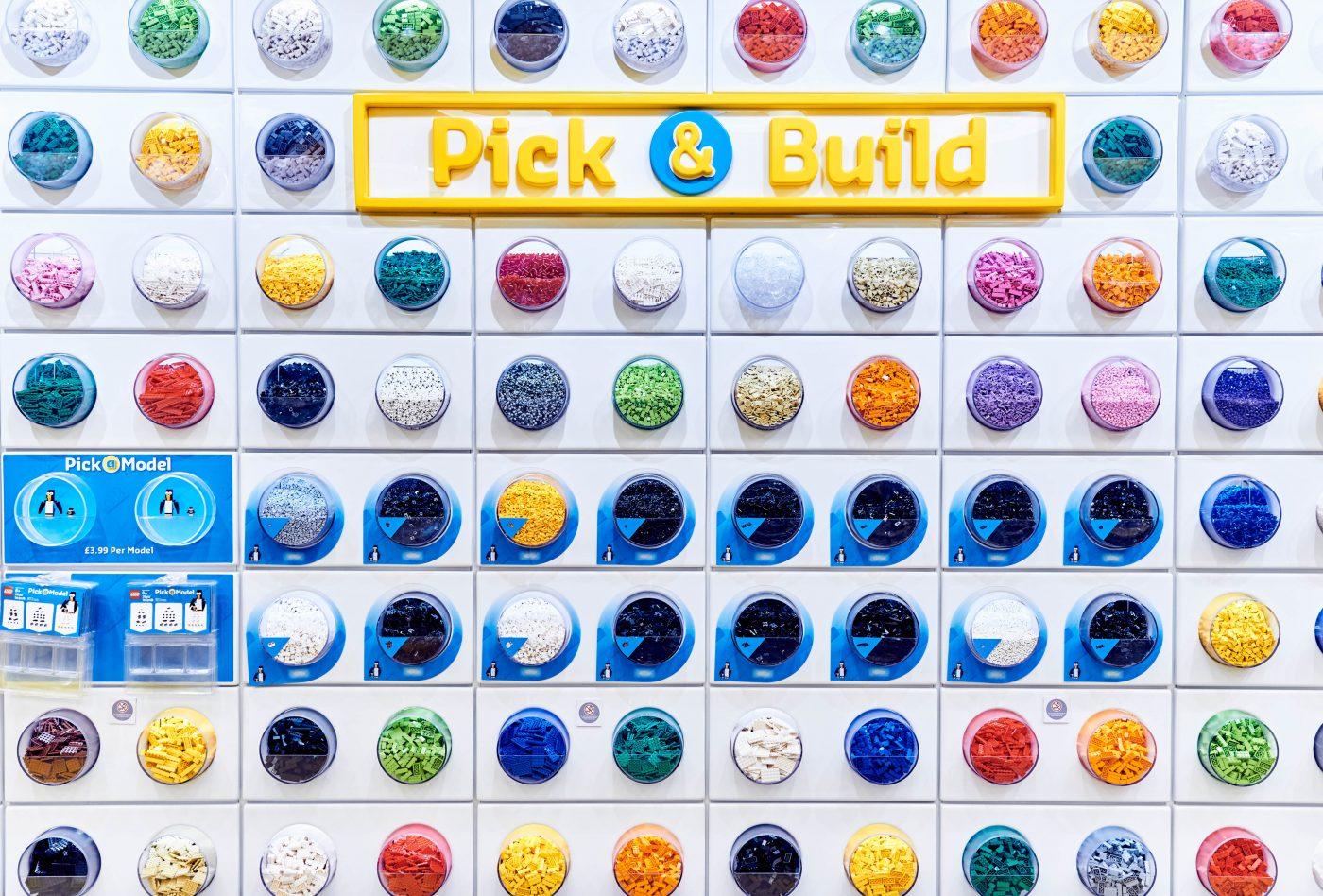Pick A Brick LEGO Store London EMBARGO 17.11.16 Copyright LEGO