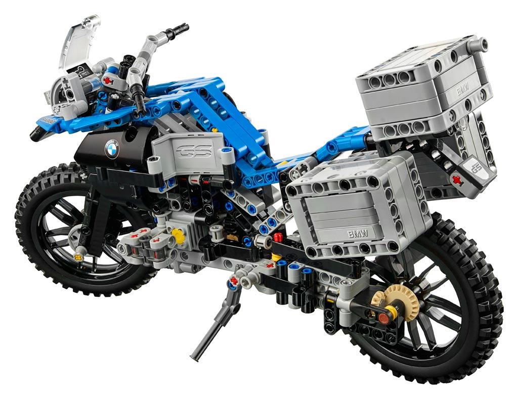lego technic bmw r 1200gs adventure 42063 back
