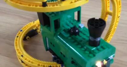 LEGO_Banana_Train_featured