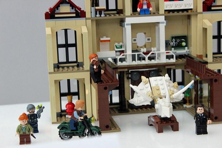 LEGO Jurassic World 75930 Indoraptor Rampage At Lockwood Estate 2