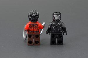 LEGO Marvel Super Heroes 76100 Royal Talon Fighter Attack 7 300x199