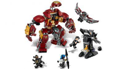 LEGO_Marvel_Super_Heroes_76104_The_Hulkbuster_Smash_Up_3