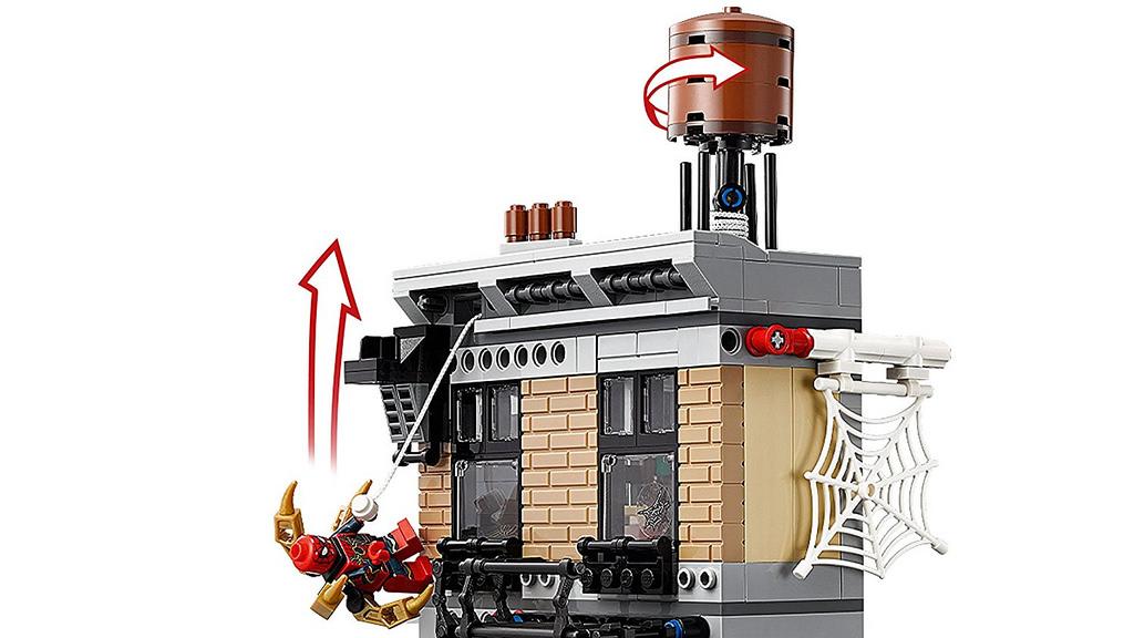 LEGO_Marvel_Super_Heroes_76108_Sanctum_Santorum_Showdown_6