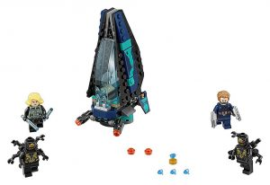 LEGO_Marvel_Super_Heroes_Outrider_Dropship_Attack_3