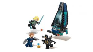LEGO Marvel Super Heroes Outrider Dropship Attack 4 300x169