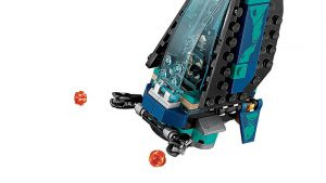 LEGO_Marvel_Super_Heroes_Outrider_Dropship_Attack_6