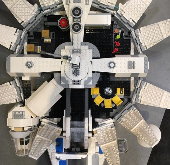 LEGO_Star_Wars_Solo_75212_Kessel_Run_Mil