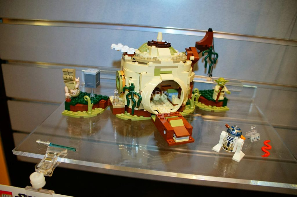 LEGO_Star_Wars_Yoda_Hut