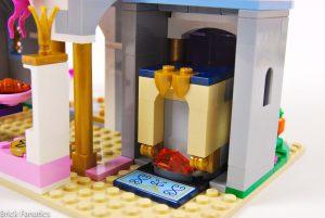 Cinderella Castle 41154 17 300x201
