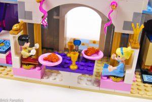 Cinderella Castle 41154 18 300x201