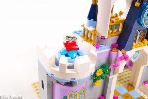 Cinderella Castle 41154 25 300x201
