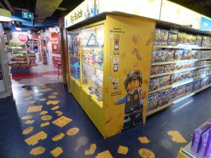 LEGO Hamleys New Area 15 300x225