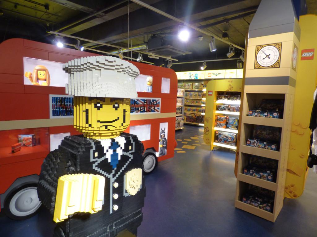 LEGO Hamleys New Area 16