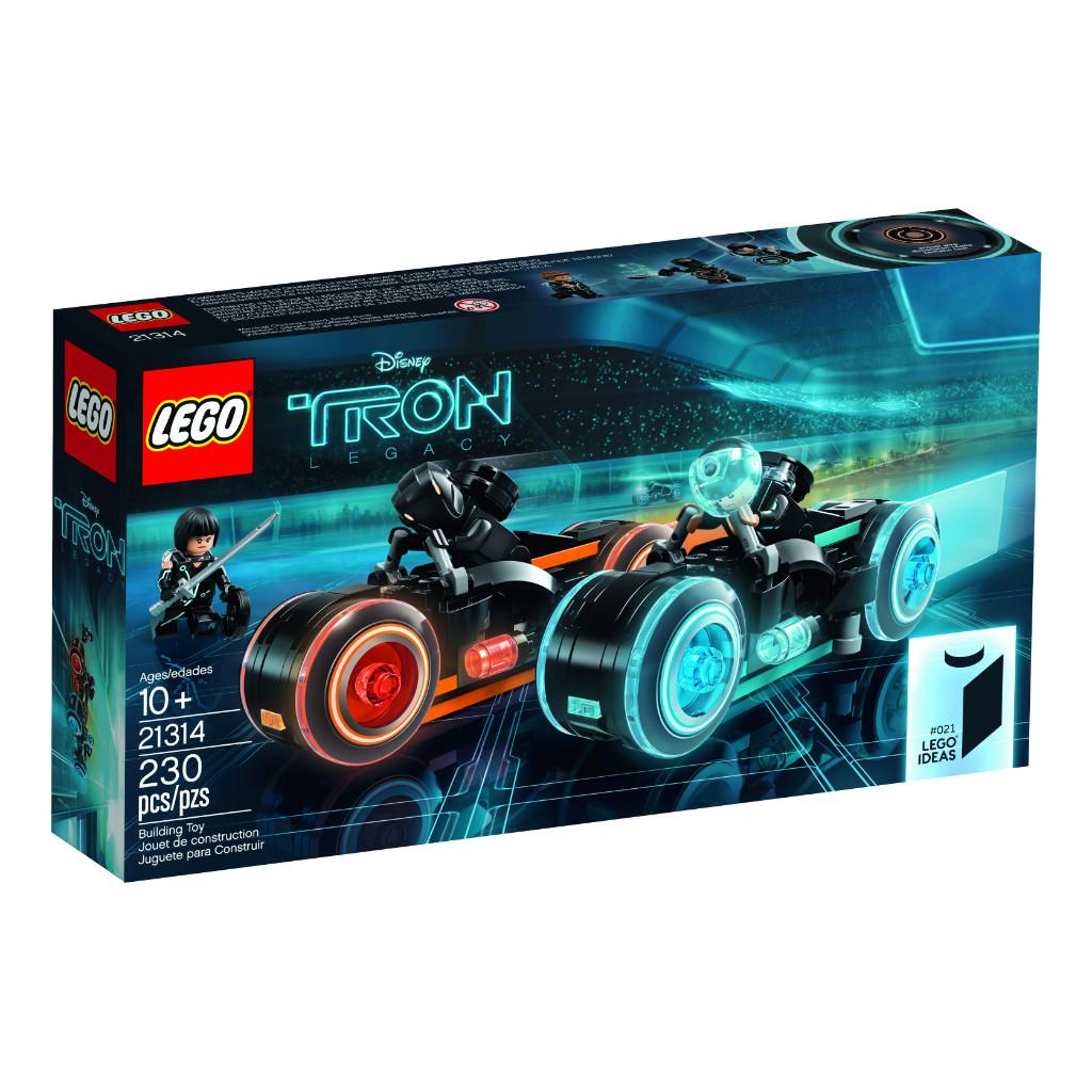 LEGO Ideas 21314 TRON Legacy 11