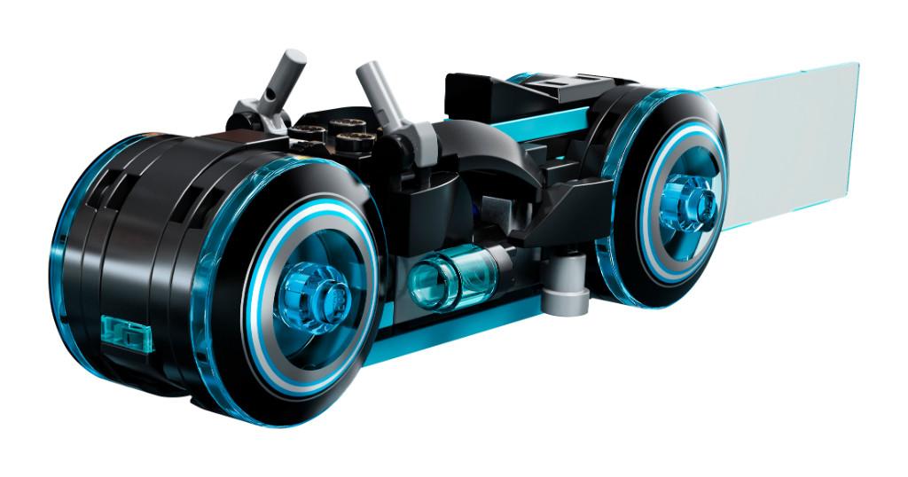 LEGO Ideas 21314 TRON Legacy 2