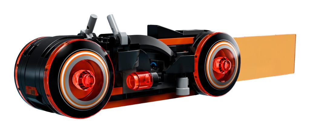 LEGO Ideas 21314 TRON Legacy 5