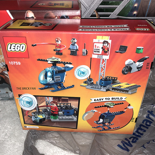 LEGO Juniors Incredibles 2 10759 Elastigirls Rooftop Pursuit 2