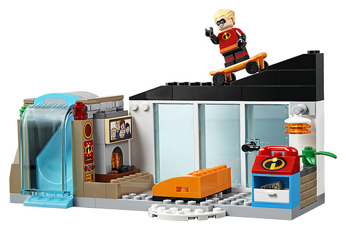 LEGO Juniors Incredibles 2 10761 The Great Home Escape 3