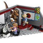 LEGO_Jurassic_Park_75932_Velociraptor_Chase_3