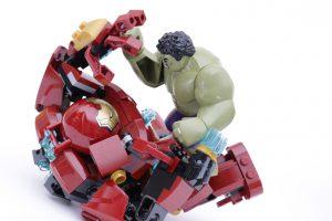 LEGO_Marvel_Super_Heroes_76104_The_Hulkbuster_Smash-Up_76031_The_Hulk_Buster_Smash_comparison_gallery18