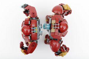 LEGO_Marvel_Super_Heroes_76104_The_Hulkbuster_Smash-Up_76031_The_Hulk_Buster_Smash_comparison_gallery2