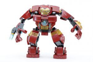 LEGO_Marvel_Super_Heroes_76104_The_Hulkbuster_Smash-Up_76031_The_Hulk_Buster_Smash_comparison_gallery7