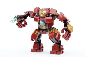 LEGO_Marvel_Super_Heroes_76104_The_Hulkbuster_Smash-Up_76031_The_Hulk_Buster_Smash_comparison_gallery8