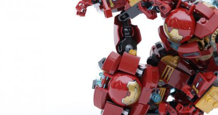 LEGO_Marvel_Super_Heroes_76104_The_Hulkbuster_Smash-Up_76031_The_Hulk_Buster_Smash_comparison_title