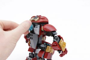 LEGO_Marvel_Super_Heroes_76104_The_Hulkbuster_Smash-Up_review_gallery17