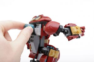 LEGO_Marvel_Super_Heroes_76104_The_Hulkbuster_Smash-Up_review_gallery18