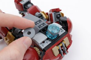 LEGO_Marvel_Super_Heroes_76104_The_Hulkbuster_Smash-Up_review_gallery20
