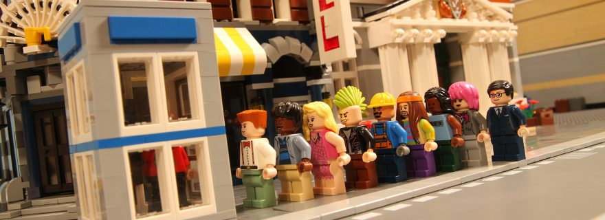 LEGO queue