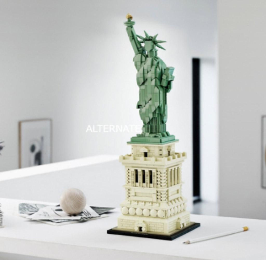 LEGO Architecture 21042 Statue Of Liberty 5