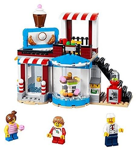 LEGO Creator 31077 Sweet Surprises 1