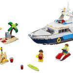 LEGO_Creator_31083_Cruising_Adventures_1