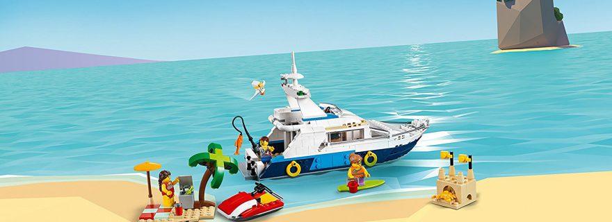 LEGO_Creator_31083_Cruising_Adventures_5