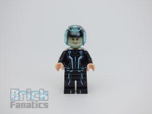 LEGO Ideas 21314 TRON Legacy 50 300x225