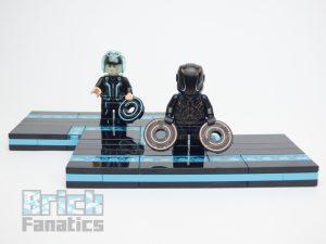 LEGO Ideas 21314 TRON Legacy 69 300x225